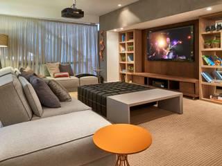 Decora Lider Campinas - Home theater Salas de estar modernas por Lider Interiores Moderno