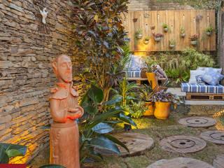 homify JardinesAccesorios y decoración Fibra natural Verde