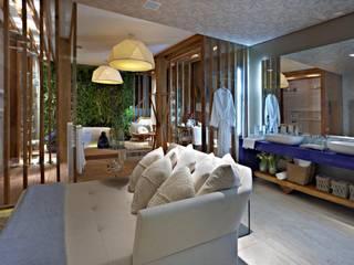 Baños de estilo moderno de Mariana Borges e Thaysa Godoy Moderno