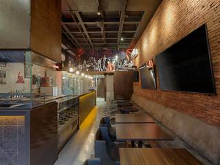 Bares y clubs de estilo industrial de Mariana Borges e Thaysa Godoy Industrial