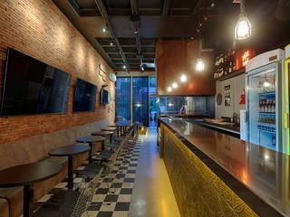 Bars & clubs industriels par Mariana Borges e Thaysa Godoy Industriel