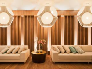 Salon moderne par Mariana Borges e Thaysa Godoy Moderne