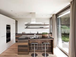 Modern kitchen by meier architekten zürich Modern Wood Wood effect