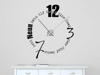 Wandtattoo Uhr: modern  von Designscape Creative GmbH,Modern