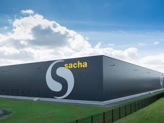 Sacha distribution center. Industriële kantoor- & winkelruimten van Foto Buro Brabant Industrieel