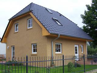 classic  by SMART Massivhaus - MAZ Bau GmbH , Classic