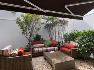 Cactus Arquitetura e Urbanismo Modern balcony, veranda & terrace