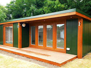 Booths Garden Annexe For Loved Ones To Live In:  Garden by Booths Garden Studios