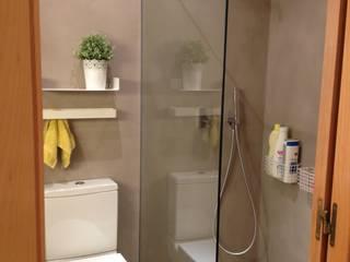 BAÑO de LLOBET interiors Baños de estilo moderno de homify Moderno