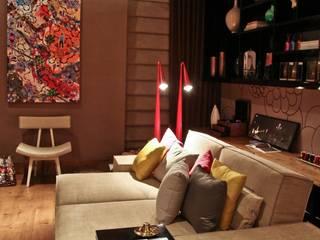 Salas multimedia de estilo moderno de Mariana Borges e Thaysa Godoy Moderno