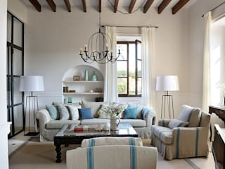 HOTEL CAL REIET – THE MAIN HOUSE Salones mediterráneos de Bloomint design Mediterráneo