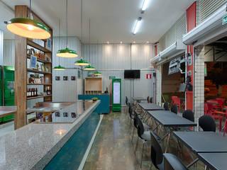 Bares y discotecas de estilo  por Lucas Lage Arquitetura