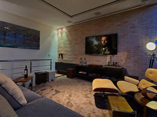 Salas multimedia modernas de homify Moderno