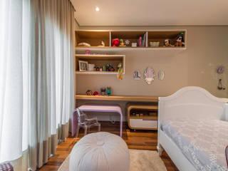 Dormitorios infantiles modernos: de Juliana Stefanelli Arquitetura e Design Moderno