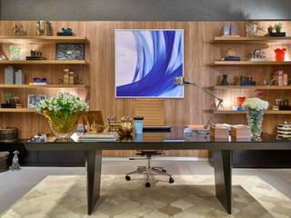 Estudios y despachos modernos de Lider Interiores Moderno