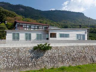 屋島の家 モダンな 家 の 向山建築設計事務所 モダン
