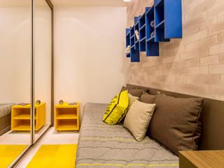 Habitaciones de estilo moderno por Flávio Monteiro Arquitetos Associados