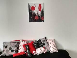 Red, black and white.:  de estilo  por Ofelia Design