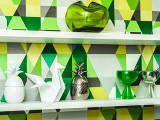 Modern kitchen by AVNER POSNER INTERIORES Modern