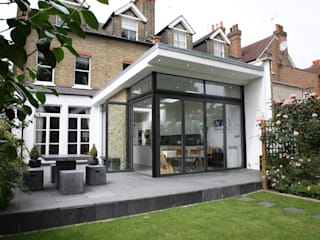 Merton Hall Road by Concept Eight Architects Сучасний