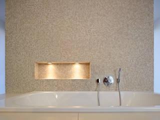 Bathroom by Marcus Hofbauer Architekt, Modern