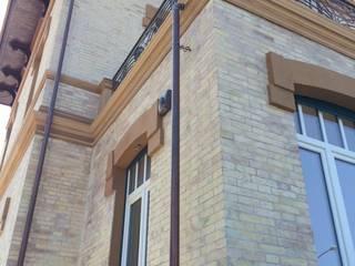 Maisons originales par Architetto Alboini Maria Gabriella Éclectique