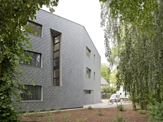 Nordfassade:  Häuser von Ziegert | Roswag | Seiler Architekten Ingenieure