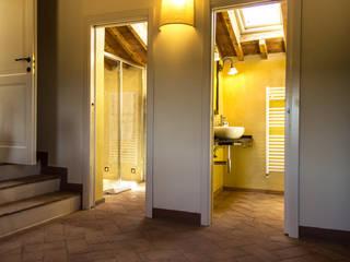 Projekty,  Łazienka zaprojektowane przez Studio Luppichini