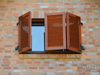 homify Windows & doors Blinds & shutters Wood