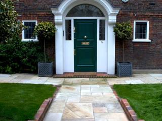 Front garden design West London Jardines clásicos de Earth Designs Clásico