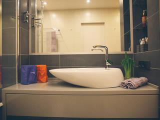 Sokolniki лофт: Ванные комнаты в . Автор – Designer Olga Aysina