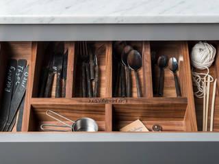 W9 | Eclectic Industrialism. Davonport ห้องครัว ไม้ Grey