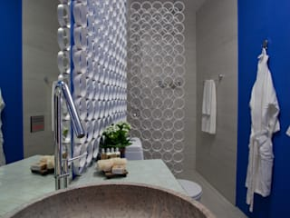 Bathroom by Anna de Matos - Designer de Ambientes e Paisagismo