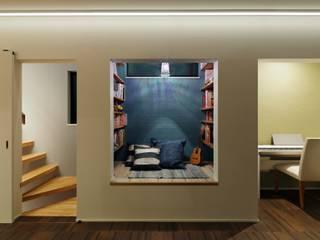 高津の家 モダンデザインの 多目的室 の 向山建築設計事務所 モダン
