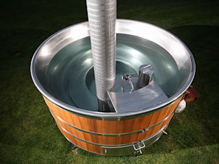 Stainless steel hot tub Cedar Hot Tubs UK Spa de estilo rústico Metal Metálico/Plateado