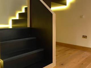 Floating Staircase Minimalist corridor, hallway & stairs by Joachim King Furniture Minimalist