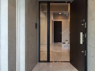 TKプロジェクト モダンな 窓&ドア の K2・PLAN 株式会社本多建築設計事務所 モダン