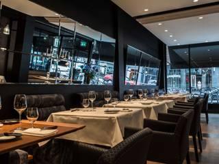 Restaurantes de estilo  por SMEELE Ontwerpt & Realiseert, Moderno