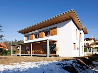 Houses by Novello Case in Legno,