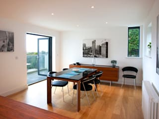 Trevanion, Bude, Cornwall Modern dining room by The Bazeley Partnership Modern
