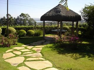 Residencial EL: Jardins campestres por Fabio Camargo Paisagismo