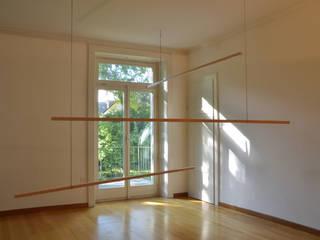 """Ausstellung """"This is the house that Jack built"""":   von helmrinderknecht"""