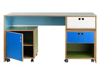 Schreibtisch kombinierbar: modern  von Tischlerei Schade,Modern