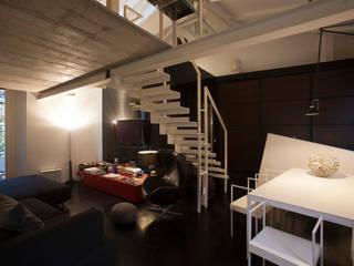 Foto architettura: Soggiorno in stile in stile Moderno di Immagine di Cristian Iotti Fotografo