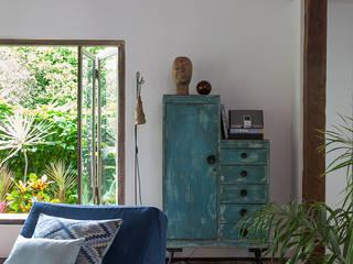 Salas de estilo rústico de Vida de Vila Rústico