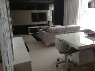 Desenho e Decoração de Apartamento no Bairro de Fátima, Fortaleza: Salas multimídia  por 4R Arquitetura