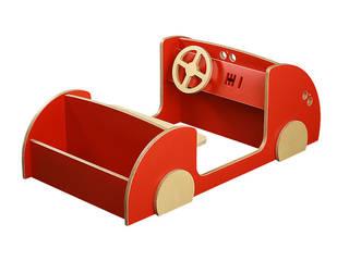 Spielauto mit Regalfuntkion: modern  von Tischlerei Schade,Modern