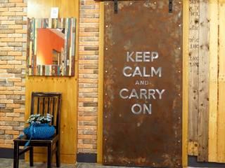 Finestre & Porte in stile in stile Industriale di Gemma Art Company