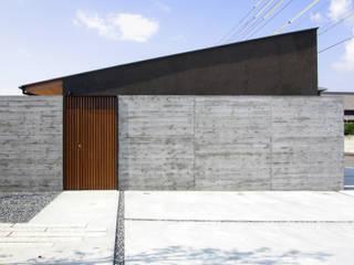 Houses by studio SHUWARI