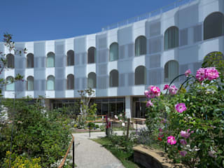 サービス付高齢者向け住宅 グランジュテなの花: 有限会社Y設計室が手掛けた医療機関です。